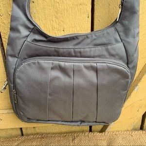 Travelon Crossbody Bag Anti Theft Travel